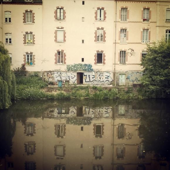 Rennes Vilaine BuldingReflect